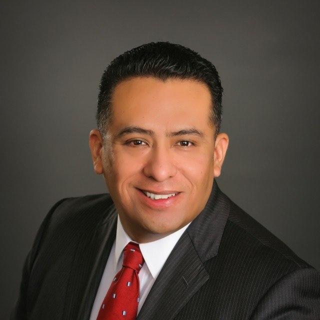 Freddy Saavedra - personal injury lawyer peoria az